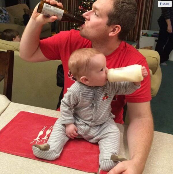 awesome pictures - dad and baby drinking together