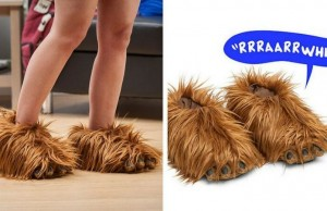 chewbacca slippers fet (1)