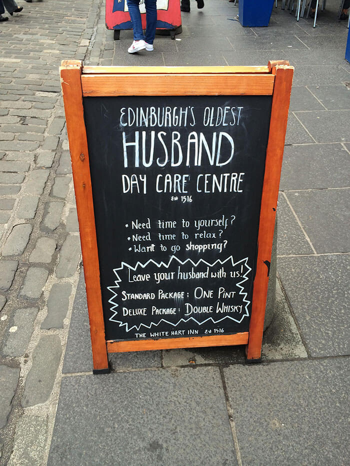 hilarious chalkboard signs 17 (1)