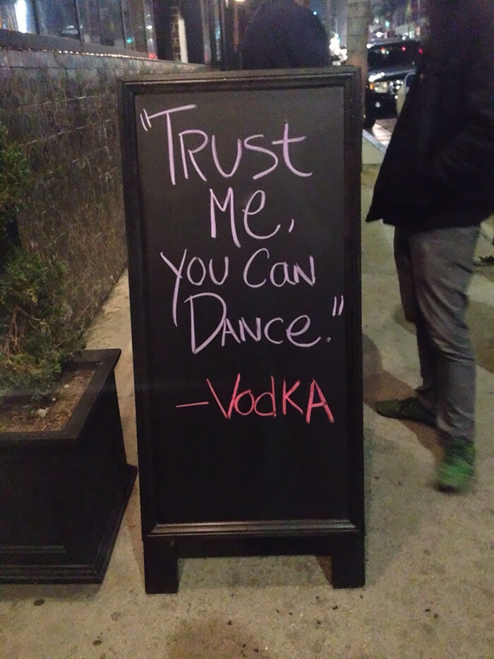 hilarious chalkboard signs 3 (1)