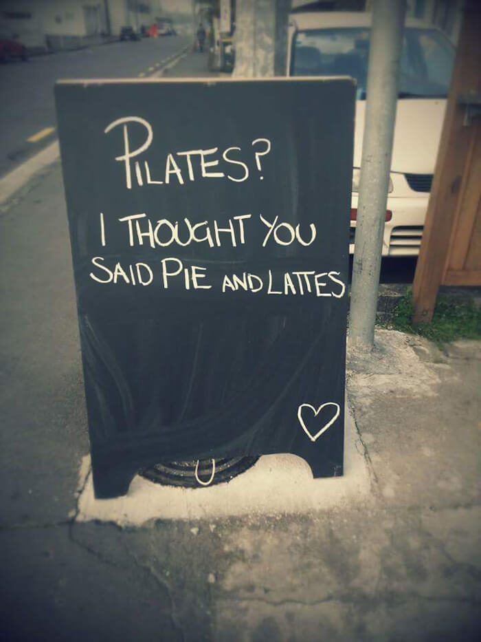 hilarious chalkboard signs 4 (1)