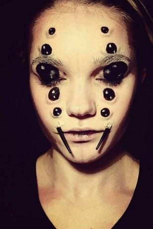 creepy halloween makeup 19