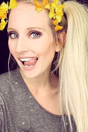 scary AF halloween makeup 37
