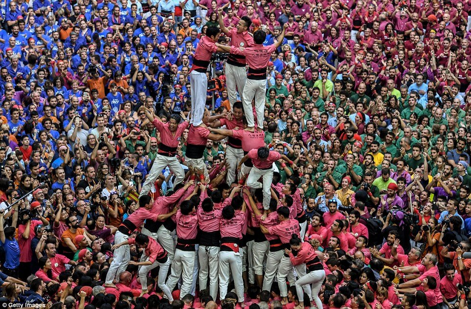 the human tower 7 (1)