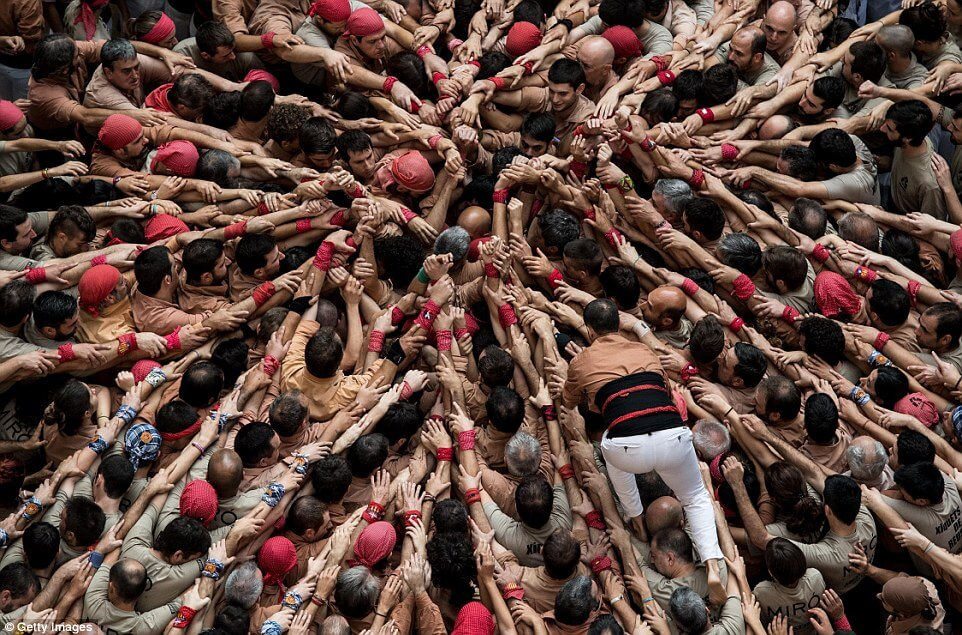 the human tower 9 (1)
