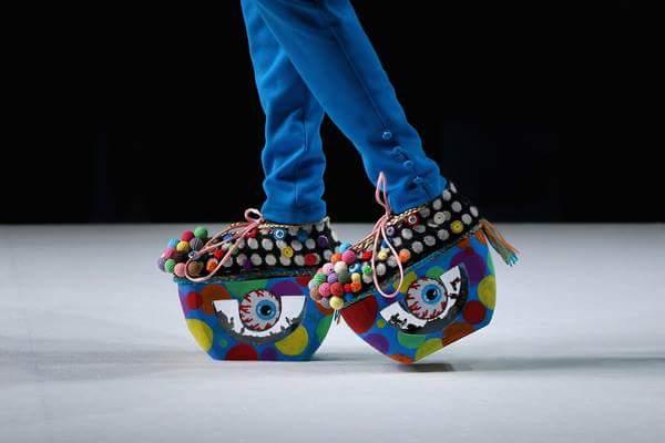 strange shoes 40 (1)