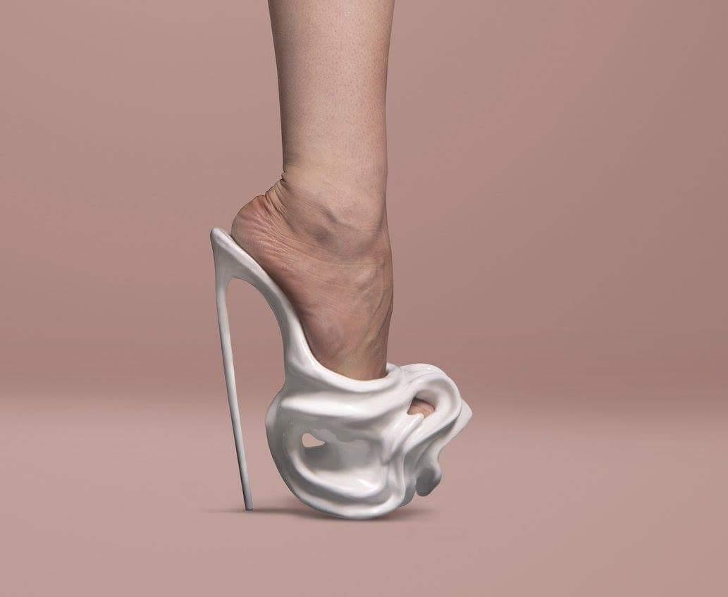 strange shoes 42 (1)