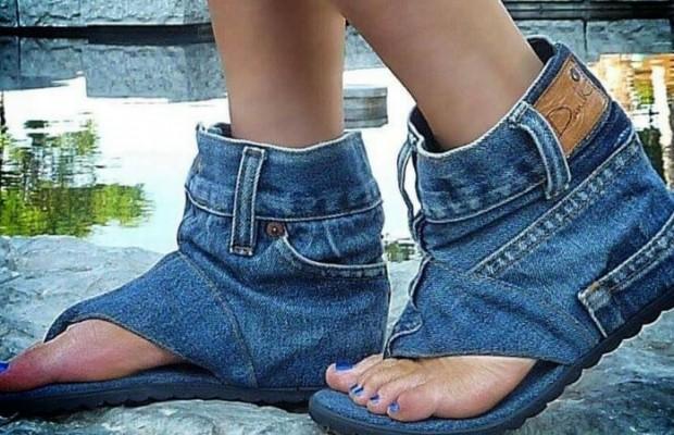 weird shoes feat (1)