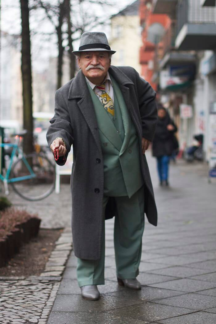 83 year old tailor different suit every day 4 (1)