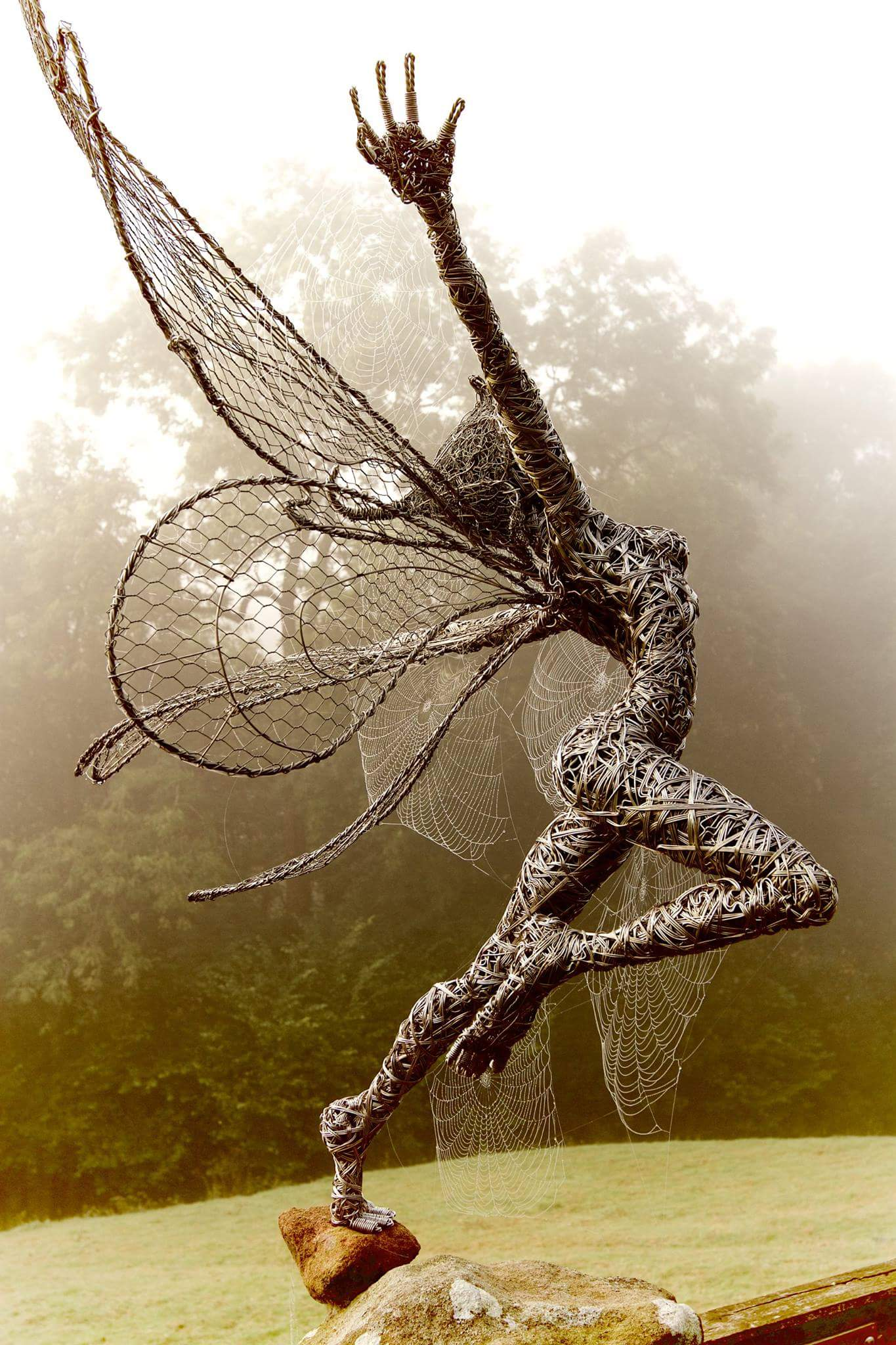 fantasy wire sculptures by robin wight 11