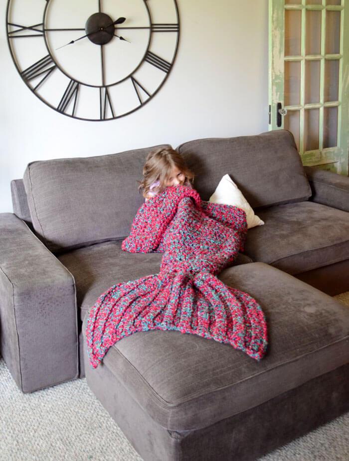 mermaid tail blanket (1)