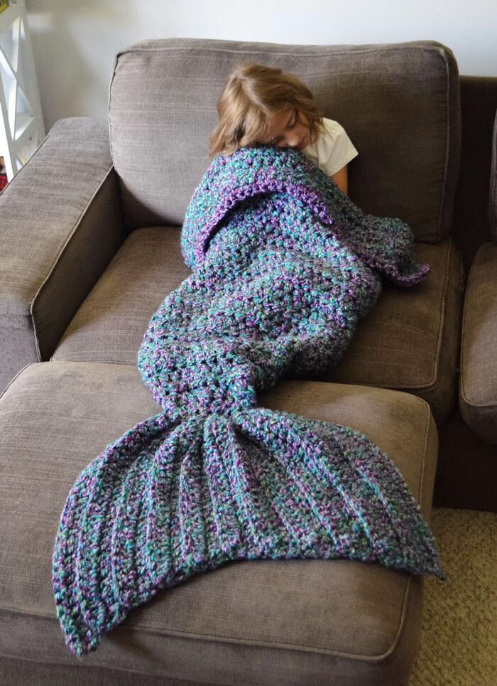 mermaid tail blanket 3 (1)