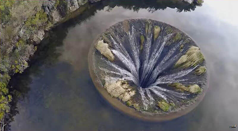 waterfall inside lake portugal 5 (1)