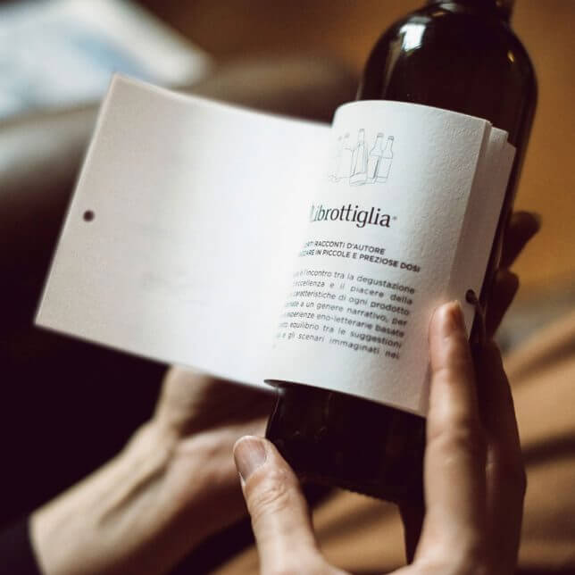 wine bottle book Librottiglia 3 (1)