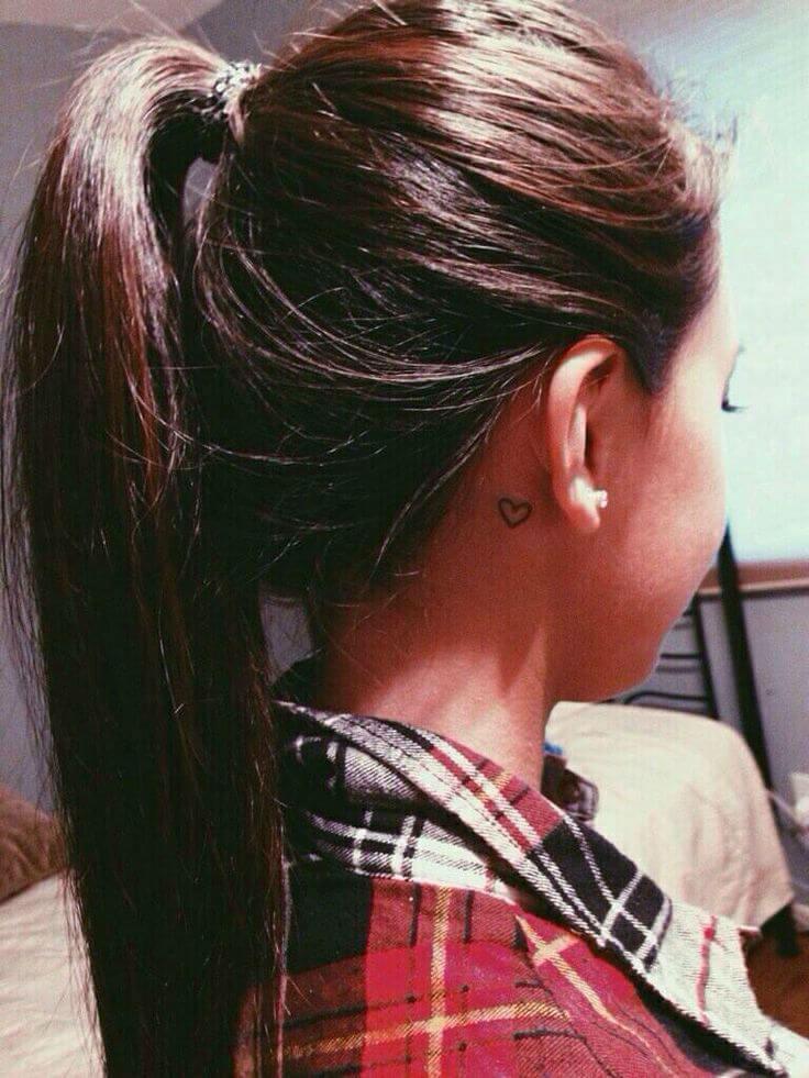tiny ear tattoos 3 (1)