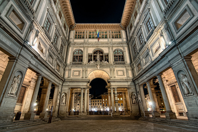 Uffizi-Gallery-Florence-Photo