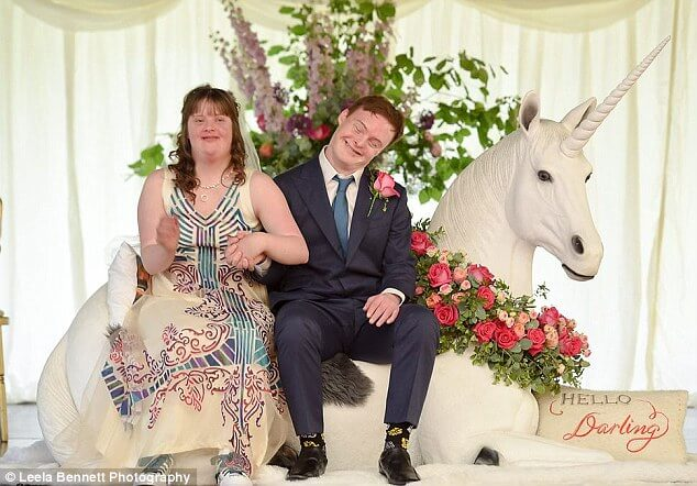 down syndrome couple magical wedding (1)