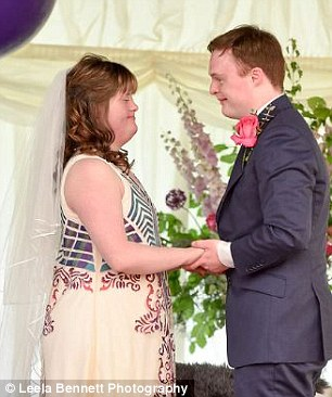 down syndrome couple magical wedding 7 (1)