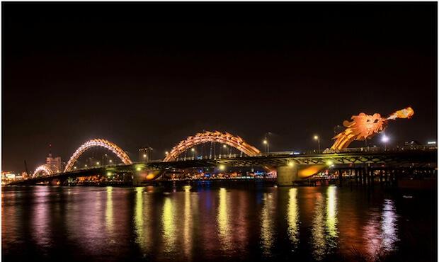 dragon bridge vietnam (1)