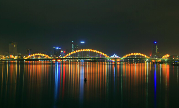 This Cool Dragon Bridge In Vietnam Shoots Fire And We Just