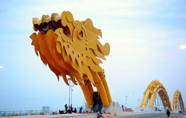 dragon bridge vietnam 2 (1)
