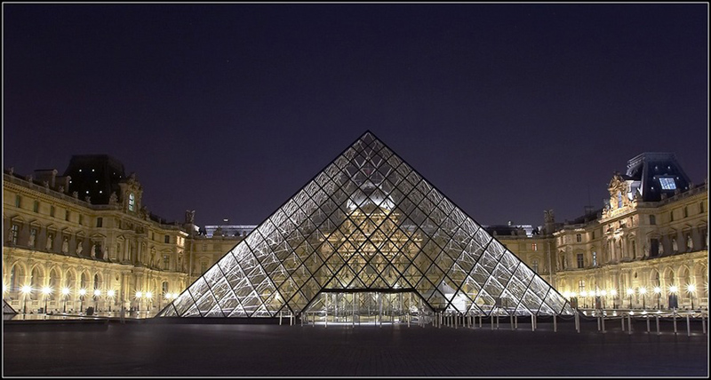 le_louvre art gallery