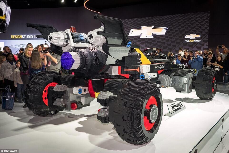 life size lego batmobile 10 (1)
