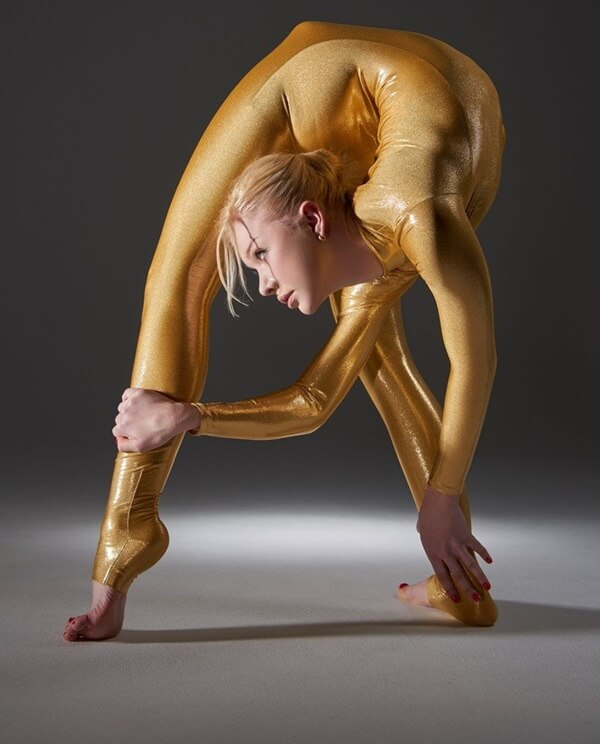 zlata the worlds most flexible woman 13 (1)