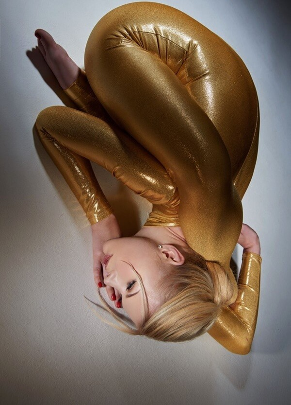 zlata the worlds most flexible woman 15 (1)