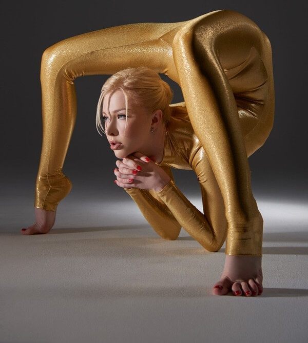 zlata the worlds most flexible woman 9 (1)