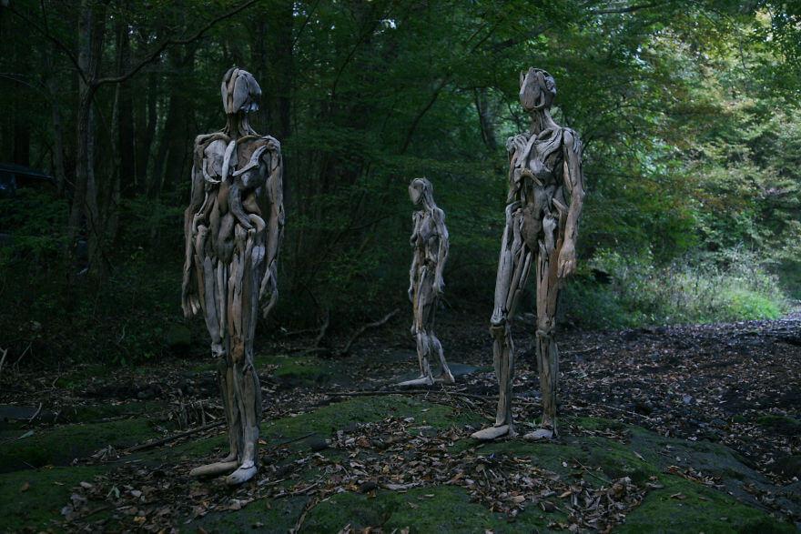 Nagato Iwasaki driftwood sculptures 6 (1)