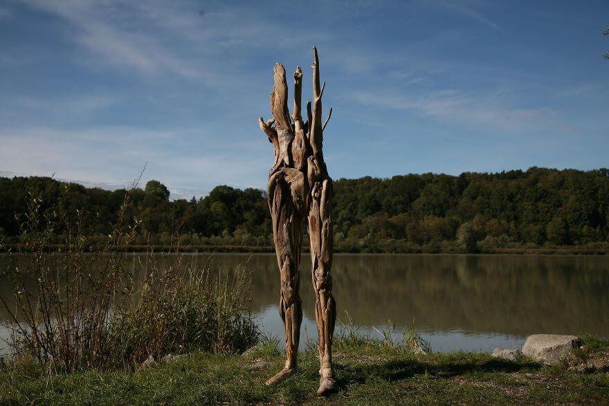 Nagato Iwasaki driftwood sculptures 9 (1)