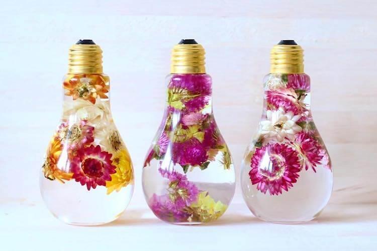 flowers inside light bulbs (1)