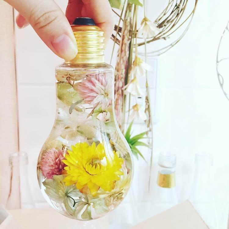 flowers suspended in light bulbs 4 (1)