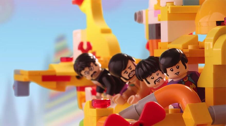 lego yellow submarine (1)