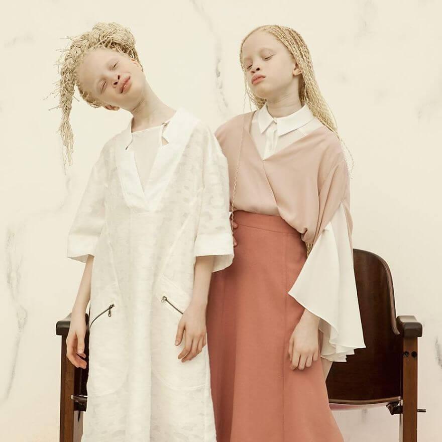 Lara and Mara albino models 8 (1)
