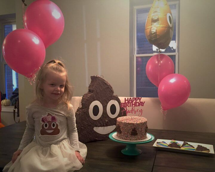 Little Girl Wanted A Poop-Themed Birthday Party 3 (1)