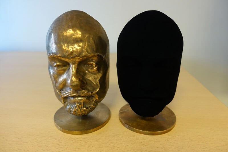 Vantablack blackest black 2 (1)