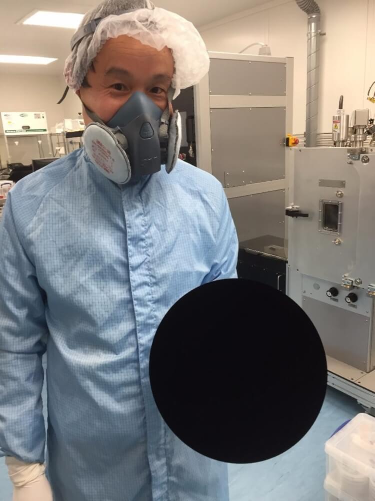 Vantablack blackest black 8 (1)