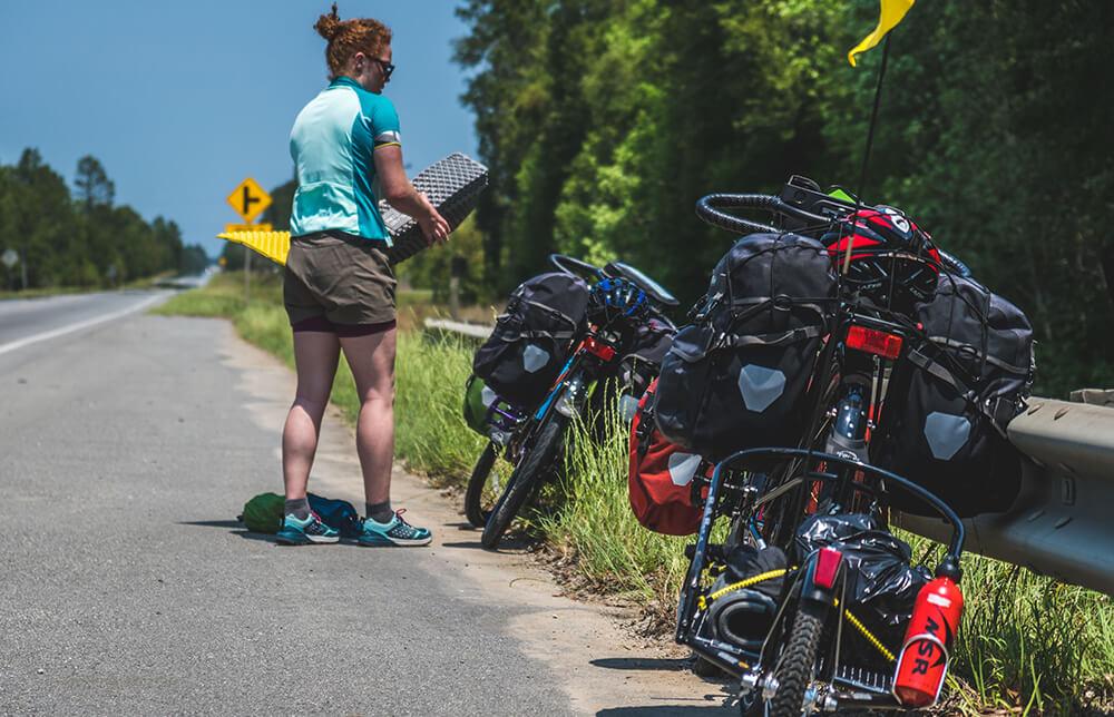 biking accross USA collecting trash 3