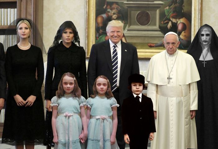 donald trump pope francis awkward photo 2