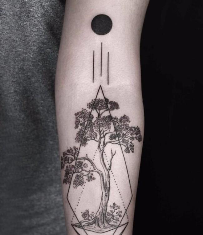 geometrical tattoos 21