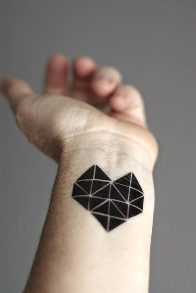 accurate tattoos 32