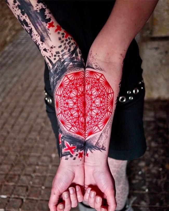 graphic tattoos 41