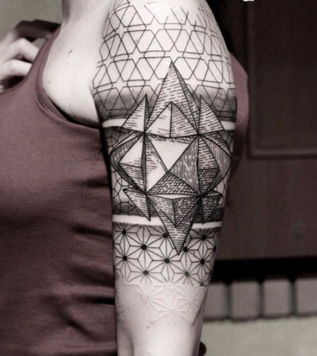 101 geometrically gorgeous minimalist tattoo ideas - 600×672