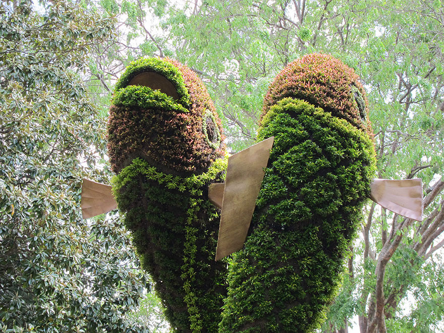 this botanical garden features a 14-foot topiary dragon 10
