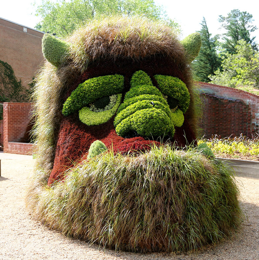 this botanical garden features a 14-foot topiary dragon 11