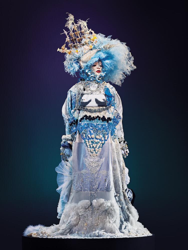 -Daniel Lismore wearable sculptures 2