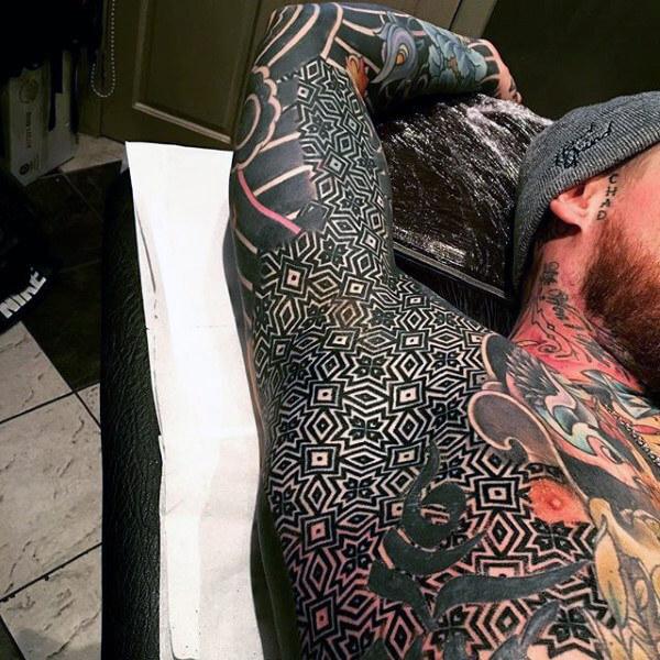 underarm tattoo trend 12