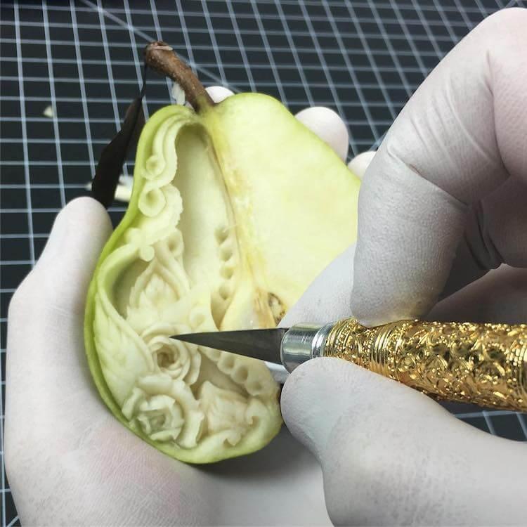 daniele barresi food carvings 11